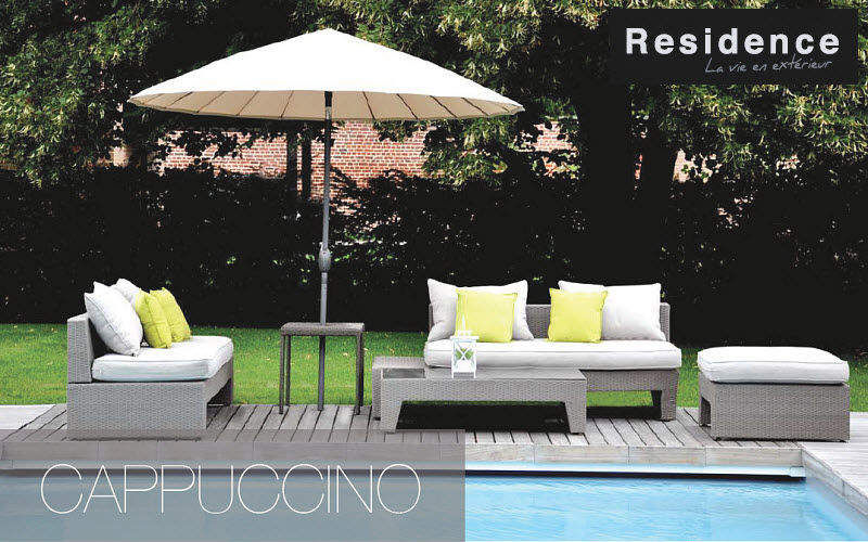 Jardin piscine style design contemporain decofinder for Jardin urbain contemporain