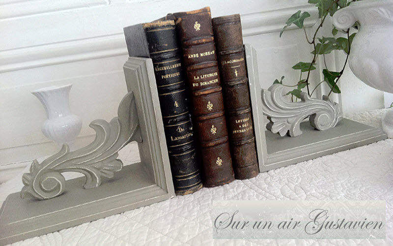 SUR UN AIR GUSTAVIEN Serre-livres Divers Objets décoratifs Objets décoratifs Bureau | Classique