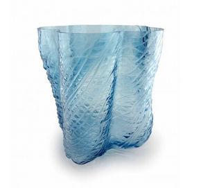 Vase à fleurs-Vanessa Mitrani-Skin