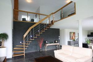 Cr�ateurs d'Escaliers Treppenmeister - nova - Escalier Suspendu