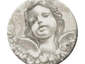 Mathilde M - badge grand modèle tête d'angelot - Badge