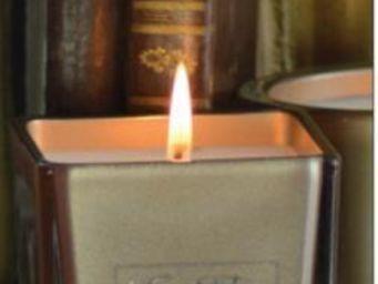 LES LUMIÈRES DU TEMPS - bougie luxe poudre d'or - Bougie Parfumée