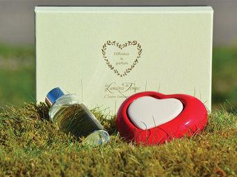 LES LUMIÈRES DU TEMPS - diffuseur coeur rouge - Diffuseur De Parfum