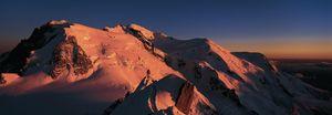 Nouvelles Images - affiche massif du mont blanc - Affiche