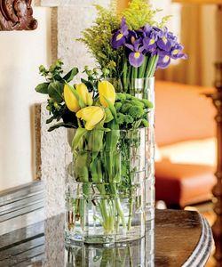 Vista Alegre - portrait- - Vase À Fleurs