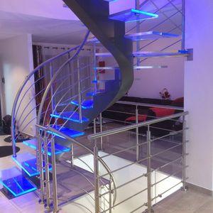 ESCALIERS DE FRANCE -  - Escalier Hélicoïdal