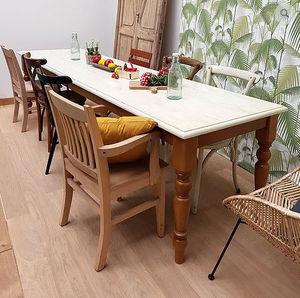 LA BOUTIQUE MAISON ROCHES -  - Table De Repas Rectangulaire