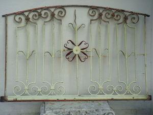 Antiquit�s Braga - grille d'imposte de porte - Imposte