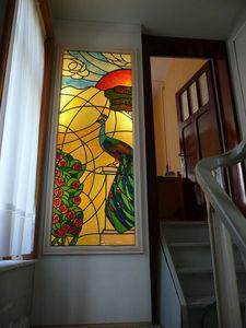 ATELIER VERSICOLORE - MAJERUS PIERRE - vitrail à joints de plomb en caisson lumineux - Vitrail