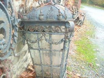 antiquites materiaux anciens deco de jardins - 2 gigantesques lanternes en fer forgé et fonte - Lanterne D'extérieur