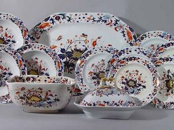 EARLE D VANDEKAR OF KNIGHTSBRIDGE - a spode new stone china dinner service - Service De Table