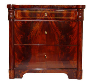 KUNST UND ANTIQUITATEN EHRL - mahogany biedermeier chest of drawers - Commode