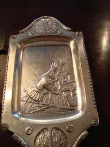 Art & Antiques - vide poche argent à décor de chasse - Vide Poche