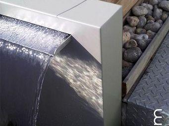 Olikid - cascade lame d'eau - Fontaine Centrale D'ext�rieur