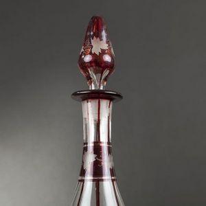Expertissim - paire de carafes en verre �maill� rouge - Carafe
