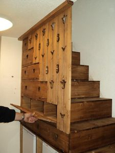DECO CHALET MONTAGNE -  - Rangement Sous Escalier