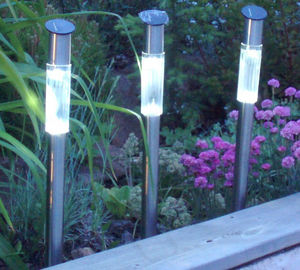 jardindeco - borne solaire design tube blanche en inox 60cm - Borne D'ext�rieur