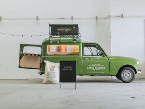 Portraits de villes - caf�-librairie itin�rant - Machine � Caf�
