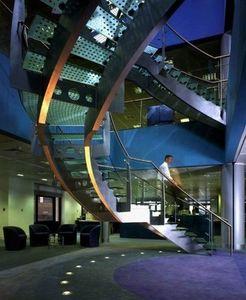 Cambridge Structures -  - Escalier Hélicoïdal