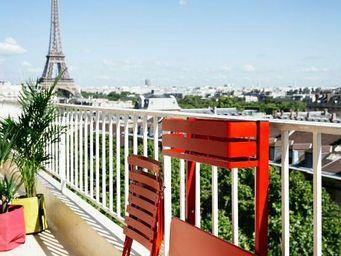 Fermob - table balcon - Table De Jardin