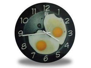 WHITE LABEL - horloge insolite avec ?ufs sur le plat deco maison - Horloge Murale