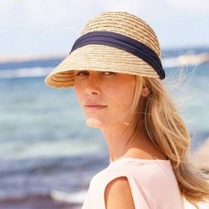 Blanche Porte -  - Chapeau