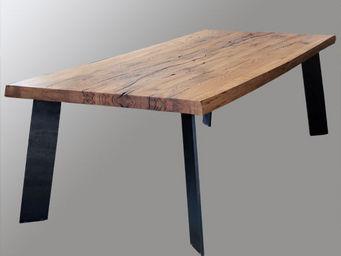 Lawrens - tabler en chêne massit et piètement métal - Table De Repas Rectangulaire