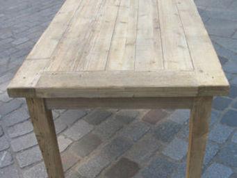 Lawrens - table en parquet ancien poutre - Table De Cuisine