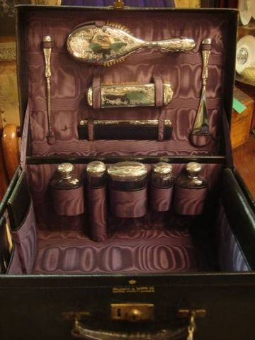 Serpentine Antiques - Vanity case-Serpentine Antiques