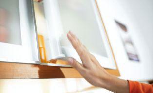 Blum - Porte de meuble de cuisine-Blum-TIP-ON pour portes