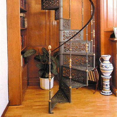 L'ECHELLE EUROPEENNE - Escalier hélicoïdal-L'ECHELLE EUROPEENNE-TRINIDAD
