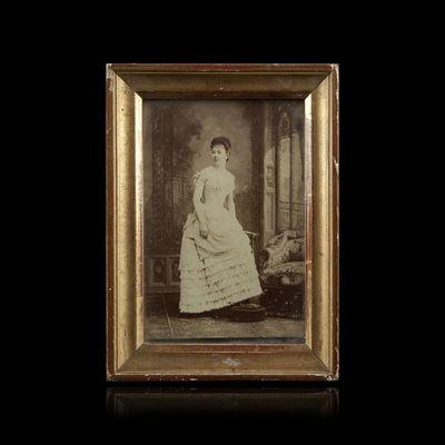 Expertissim - Photographie-Expertissim-Portrait de la baronne de NAVACELLE. Photographie
