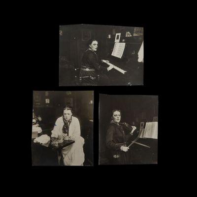 Expertissim - Photographie-Expertissim-DELARUE-MADRUS Lucie (1874-1945), jouant du piano,