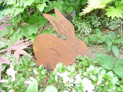 OKE DECORATION - Ornement de jardin-OKE DECORATION-Lapin décoratif en métal sur tige