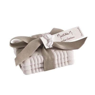Mathilde M - Biscuit parfumé-Mathilde M-Biscuits cadeaux, parfum Fleur de Dentelle