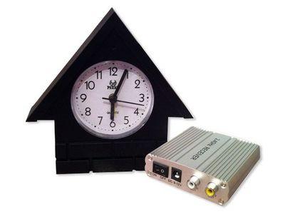 WHITE LABEL - Camera de surveillance-WHITE LABEL-Maisonnette horloge avec caméra et récepteur sans