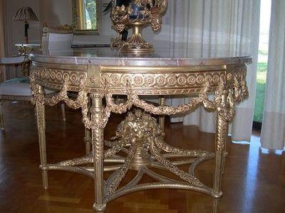 Atelier Louis  XIV -  France - Console demi-lune-Atelier Louis  XIV -  France-Console ronde de style Louis XVI