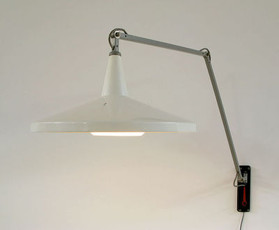 FURNITURE-LOVE.COM - Lampe de lecture-FURNITURE-LOVE.COM-Wim Rietveld White Panama industrial swing lamp