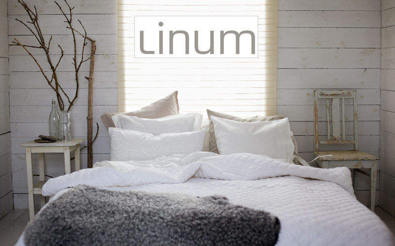 LINUM    Bedroom | Cottage