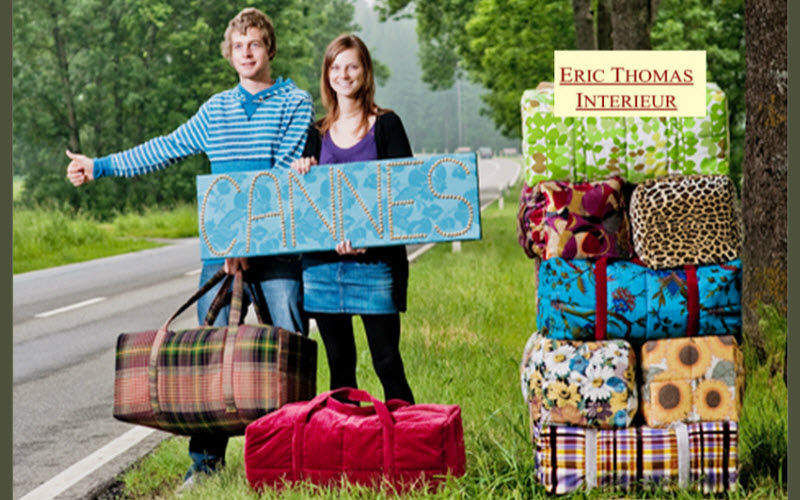 Eric Thomas Intérieur Travel bag Luggage Beyond decoration Garden-Pool | Cottage