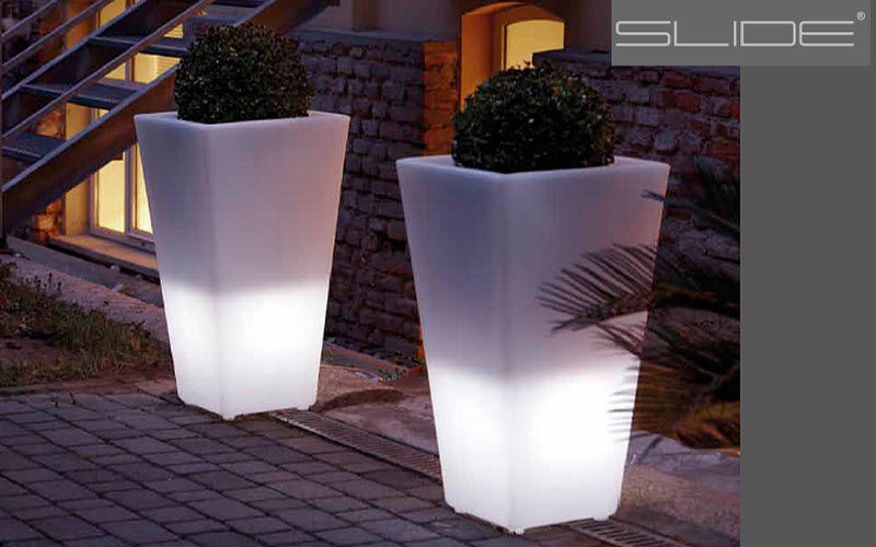 Slide Illuminated pot Bollard lights Lighting : Outdoor Balcony-Terrace | Design Contemporary