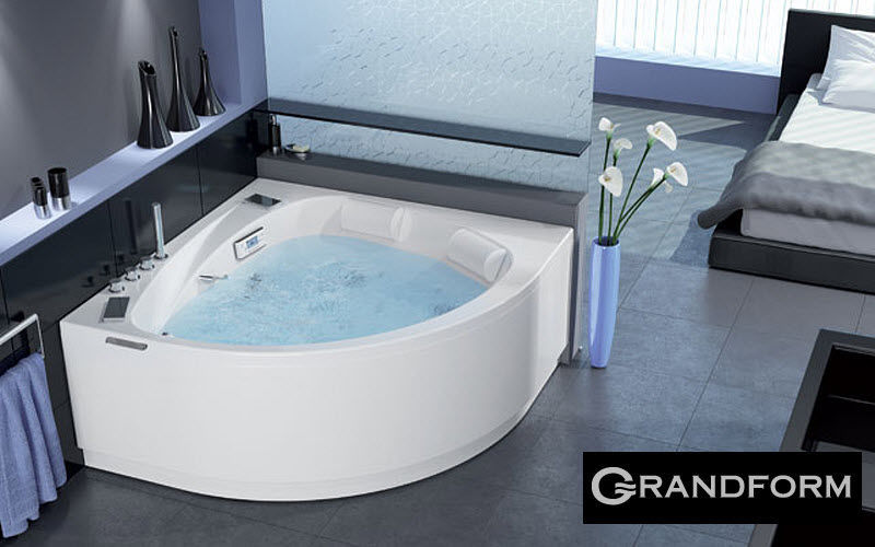 Grandform Corner whirlpool bath Bathtubs Bathroom Accessories and Fixtures  |