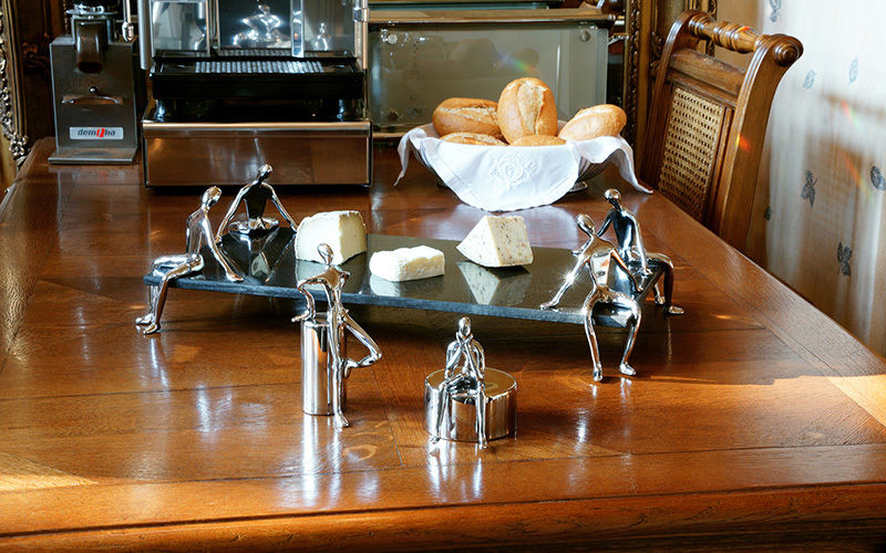 PULSAÏ MUKUL GOYAL Cheese plate Plates Crockery  |