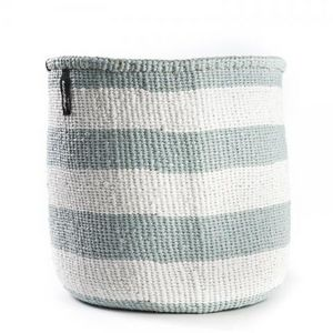 MIFUKO - kiondo à rayure large, bleu clair sur blanc - Storage Basket