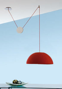 Luxcambra Lamp rise and fall
