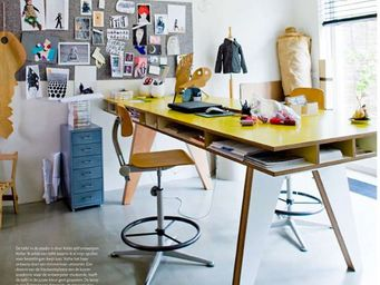 BUISJES EN BEUGELS -  - Desk