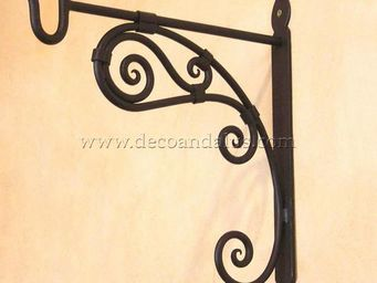 Decoraci�n Andalus� -  - Garden Hook
