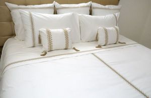 PRETTY LINGE -  - Bed Linen Set