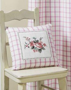 HOMEMAISON.COM - coussin tissé teint - Square Cushion