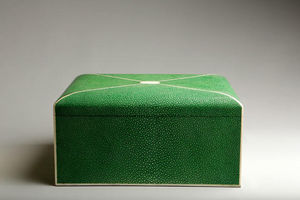 De Nacre Et D'orient -  - Decorated Box